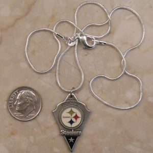"""Jewelry - *SALE* NEW 16"""" Pittsburgh Steelers necklace 940-25"""